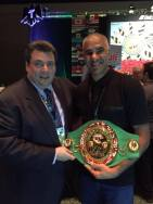 Mauricio Sulaimán (Président de la WBC, Fédération mondial de boxe anglaise) et Abdelilah Rahilou (co-fondateur Mov'Fight Club)