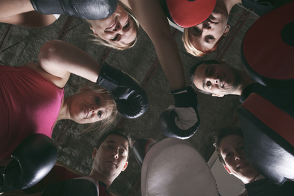 Programme Team Building pour les entreprises : Mov'Fight Club propose aux entreprises une incroyable façon de faire grandir leur équipe tout en leur faisant partager un moment convivial, fort en émotions